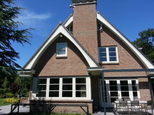 Binnen- en buitenschilderwerk nieuwbouwwoning Wassenaar